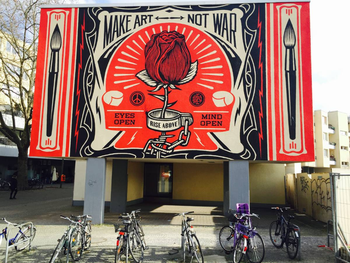 Make Art Not War – Shepard Fairey (Obey) - street art berlin